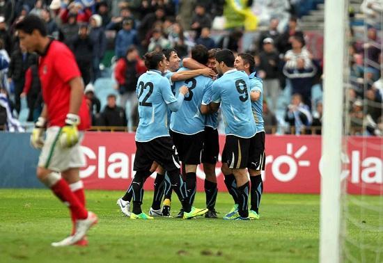 esultanza_uruguay_gruppo