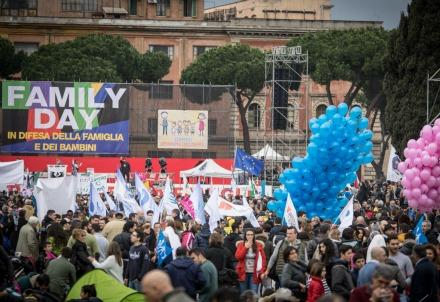 familyday_cattolici_piazza2R439