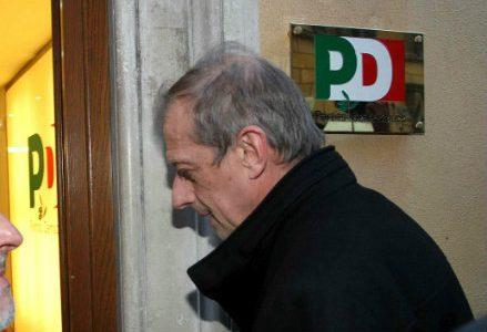 fassino_R439