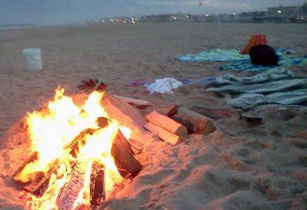fuoco_spiaggia_falo_r439