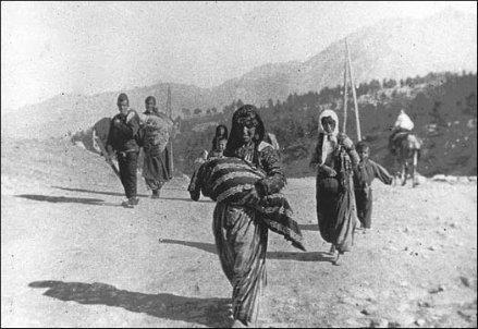 genocidio-armeno_R439