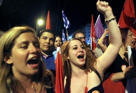 greci_referendum_syntagma_oxi