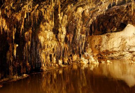 grotta_speleologo_r439