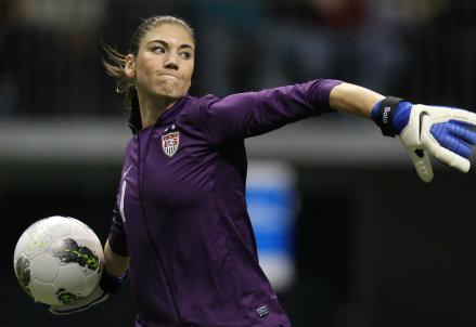 hope_solo_R439