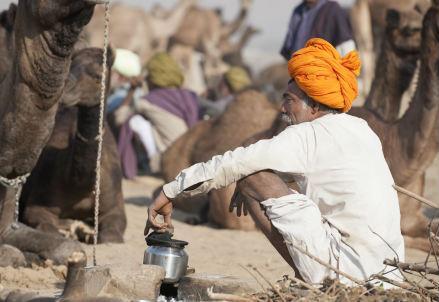 india_uomo_r439