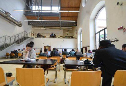 infophoto_aula_universita_studenti_R439