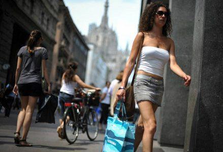 infophoto_milano_shopping_negozi_saldi_R439