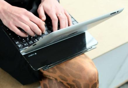 internet_listicle_bullismo_cyberbullismocomputer_pc