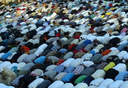 islam_pregiera_r439