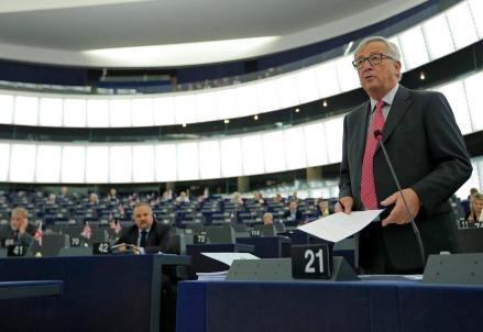 juncker_jean_claude_commissione_ue_unione_europea_bruxelles_strasburgo
