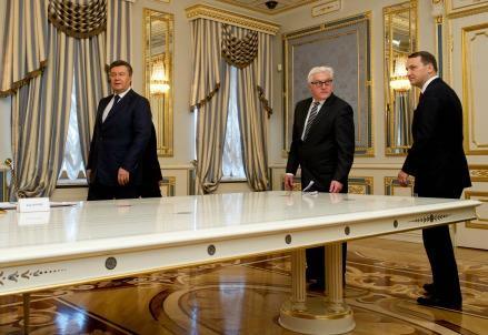 kiev-tavolo-accordo