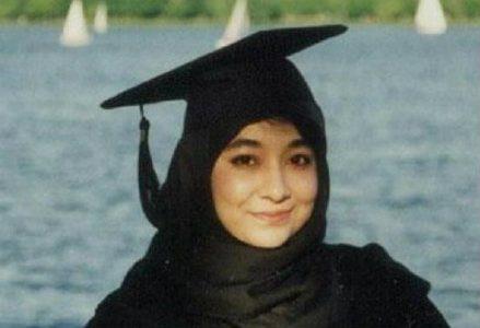lady_alqaeda_R439