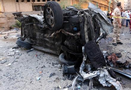 libia_tripoli_autobomba_kamikaze_attentato_isis