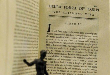 libro_leopardiR400