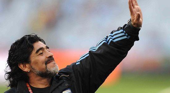Diretta / Maradona-Pelè (risultato finale 8-8), info ...