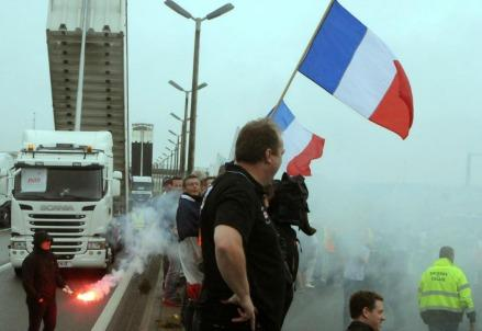 migranti_calais_franciaR439