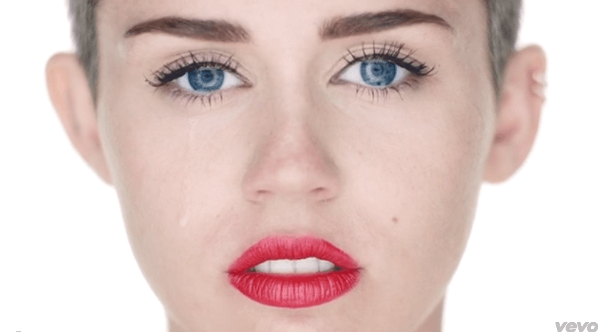 miley-cyrus-wreckinball