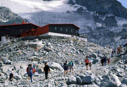 montagna_rifugio_r439