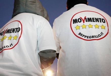 mov_5stelle_tshirt439