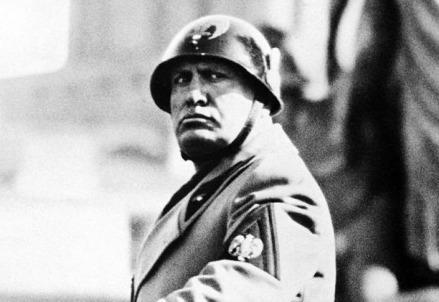 mussolini_fascismo1R439