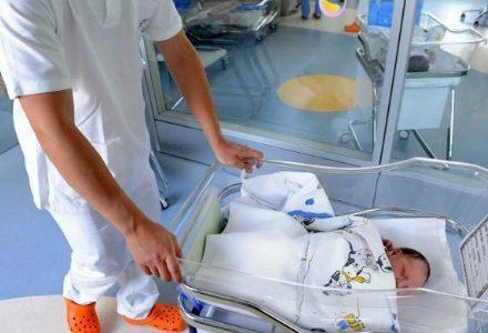 neonato-ospedale_R439