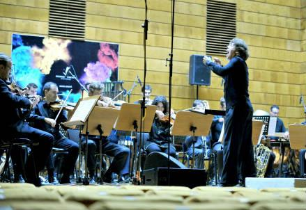 orchestra_bucarest_r439