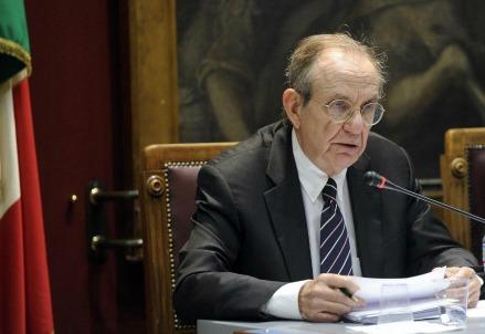 padoan_pier_carlo_legge_di_bilancio_2017_tasse