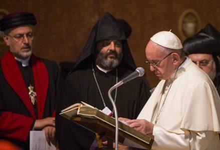 papafrancesco_religioni_dialogoR439