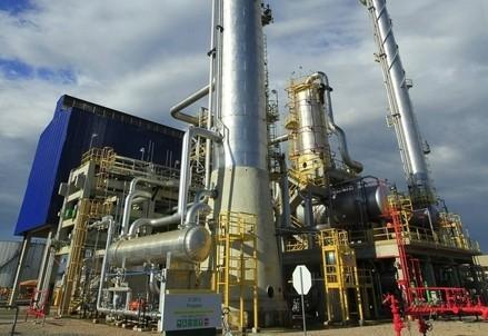 petrolio_gas_raffineriaR439