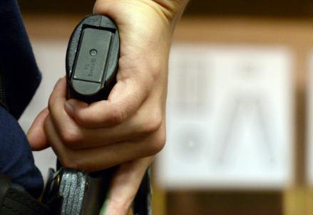 pistola_fondina_r439