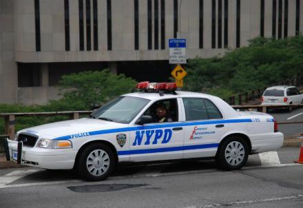 polizia-americana-auto_R439