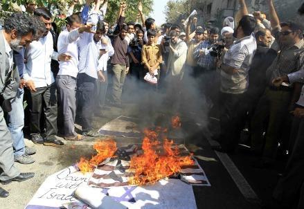 proteste-film-maometto-teheran-iran-innocence-muslims