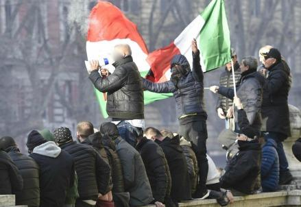 roma_protesta1R439