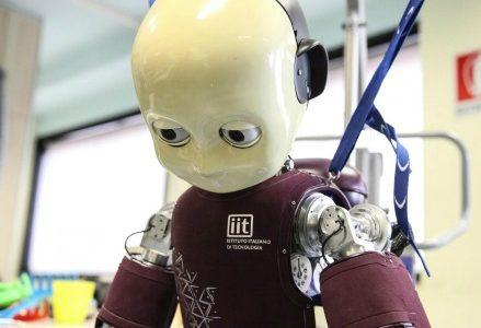scienza_tecnologia_robot1R439