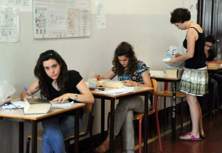 scuola_esame_nuova_r439