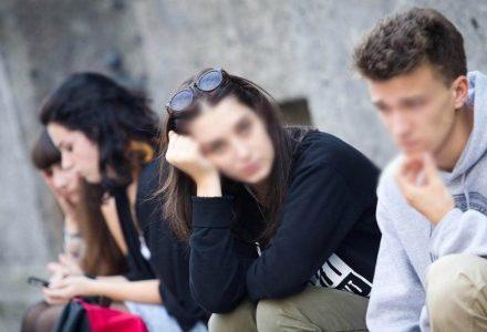 scuola_studenti_giovani6R439