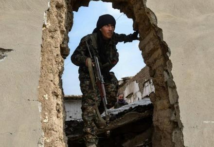 siriairaq_guerra_soldatoR439