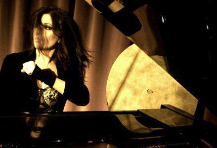 susanna_parigi_piano_R439