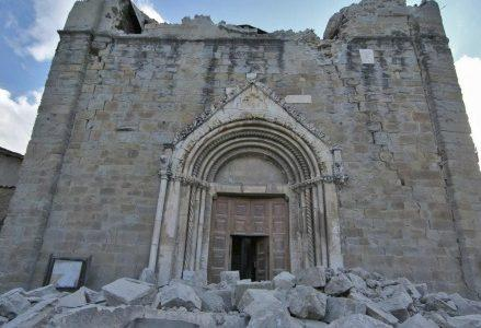 terremoto_chiesa_amatriceR439