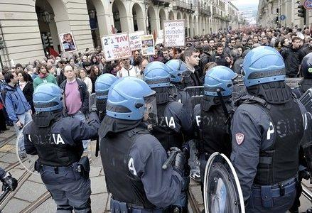 torino_polizia_notavR439