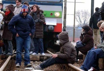 treno_manifestazione_protestaR439