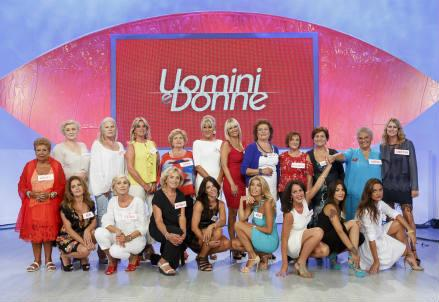 uominiedonne_trono_over__donne