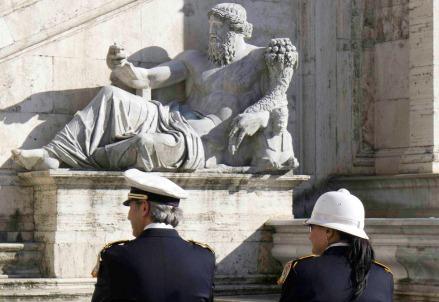 vigili_polizia_romaR439
