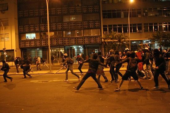 violenza_protesta