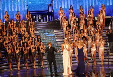 miss-italia-2010-12-set-r375