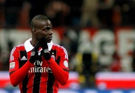 Balotelli_Milan_PreoccupatoR439