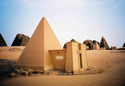 Egitto_PiramideR439
