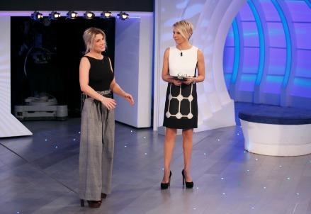 huge selection of 19e54 1e0b2 C'è posta per te / Ospite Emma Marrone, diretta: Mirko e ...