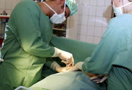 chirurgia_sala_r439
