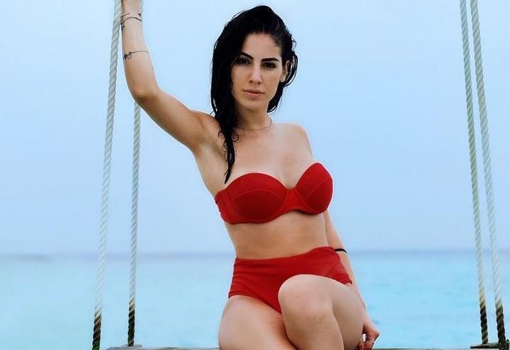 Costumi Da Bagno Bikini Lovers : Bikini lovers video giulia de lellis lancia la sua linea di